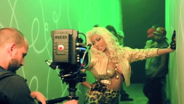 Nicki-Minaj-Freaks-620x350