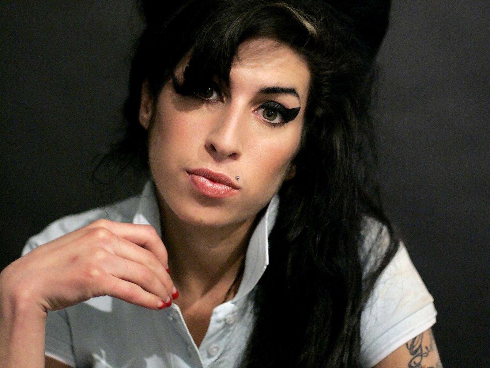 Amy-Winehouse-back to black beyonce cover
