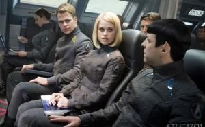 Alem-da-Escuridao-Star-Trek-2